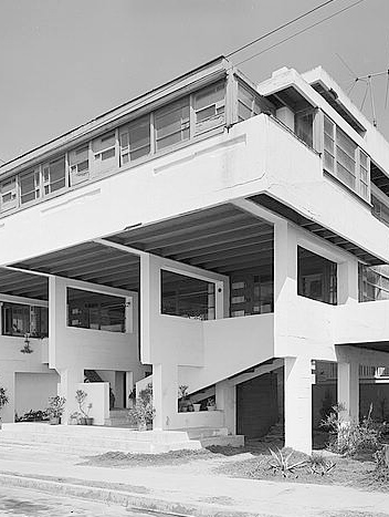 Book Review: Schindler & Neutra